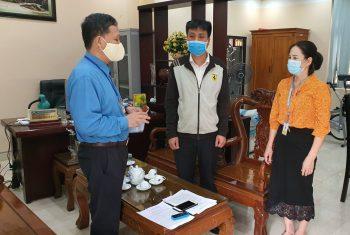 """Nguồn động viên y nghĩa đến từ Liên đoàn lao động huyện Đoan Hùng giữa """"bão"""" COVID-19"""